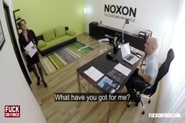Xxx hd seving choot english video dow