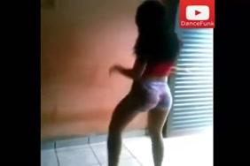 Kutte se chudwati aurat xxx.mp4 west indies sexy