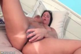 Yami gautam ki chut sexy video