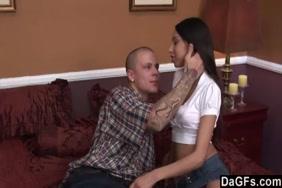सेक्स hd वीडियो दूध देने वाली औरत