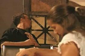 Kirayedar ki kuwari ladki ko pela to khun nikalna video hindi sex