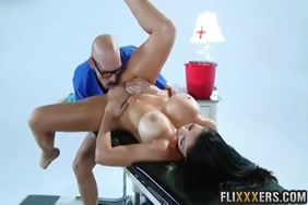 First time sex bleed chute porn clip