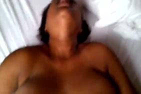 Laki ke chodne ka video sexy