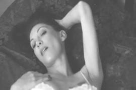 Sexy video dham khulam khula dekhna hai